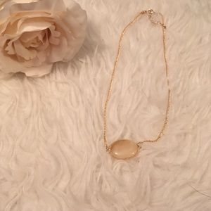 Oval gold necklace