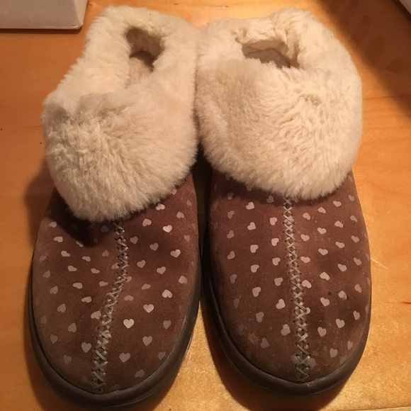 7130b7ac7c3 GUC I heart Ugg dream slippers sz 11