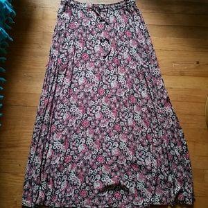 VTG Paisley Floral Maxi Skirt W/Pockets! *S/M*
