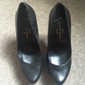 Jessica Simpson Shoes - Jessica Simpson Waleo pumps. Size 6.5