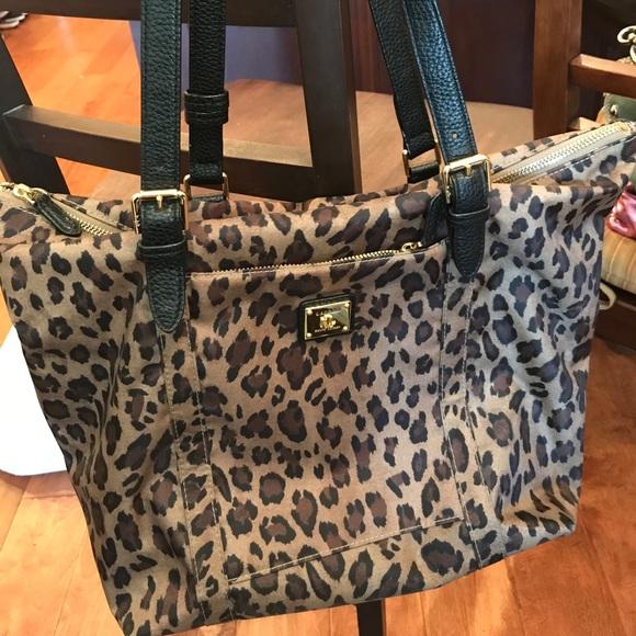 214bc05746 Lauren Ralph Lauren Handbags - Lauren Ralph Lauren Leopard print bag