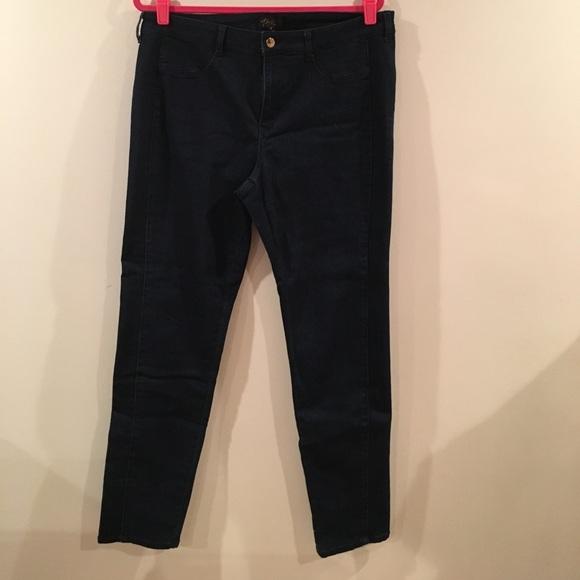 800e572997bc1 New without tag, sz 16 Thalia Sodi skinny jeans. M_595bf0687fab3a5fe90185dc