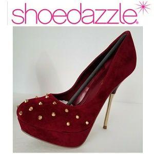 New Wine Jackie 7.5 heels Platforms gold spikes