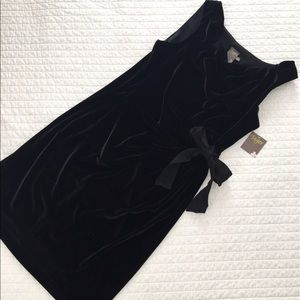 BNWT Chic Black Faux Velvet Dress with Bow