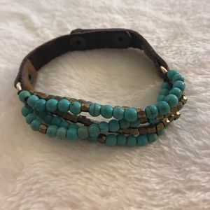 Jewelry - Turquoise and brown leather bracelet
