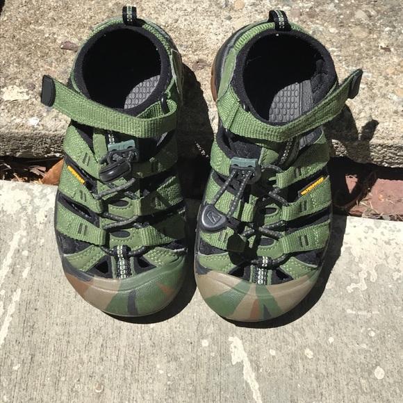 7d0e93cbdecf Keen Other - Keen Kids Newport Waterproof Shoe Sandal EUC
