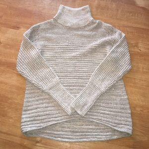 Vera wang turtle neck sweater