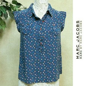 MARC by MARC JACOBS SILK TOP WITH RED BUTTONS