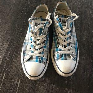 Converse all stars. Blue plaid. Size 7.