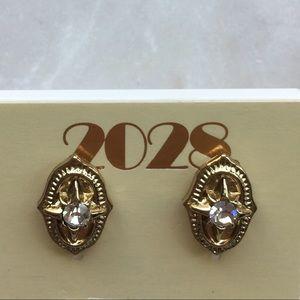 Jewelry - Gold fashion earrings with rhinestone