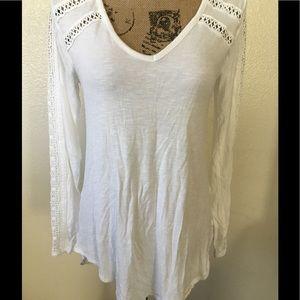 Deletta sheer white long sleeve Tshirt size small
