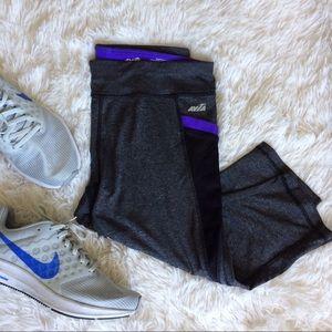 AVIA dark grey exercise capris with pockets