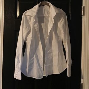 Form fitting white button up shirt