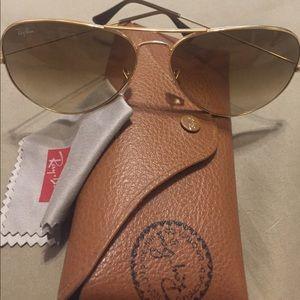 Ray-Ban Sunglasses Aviator Style
