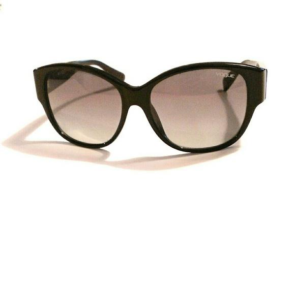 deec4a6eea VOGUE Eyewear Sunglasses - LOVE
