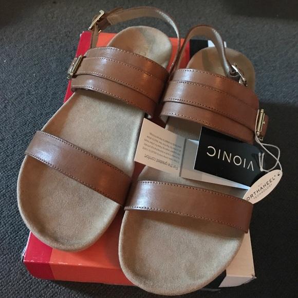 9f363af16570 Vionic Samar Sandal - Brand New