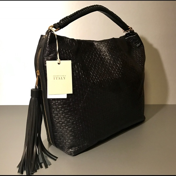 01905f686c4d Vittoria Napoli Italian leather shoulder bag NWT