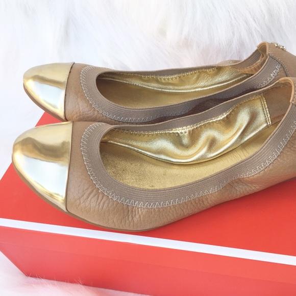 Coach Shoes - Coach 🍁 Tan Ballet Flats