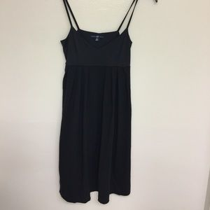🔥3/$15 🔥Gap Black  midi dress XS