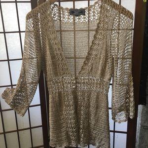 VINTAGE • cute top crochet style antique gold