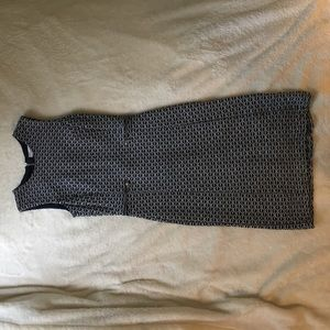 CALVIN KLEIN BODY CON WORK DRESS. Size 4