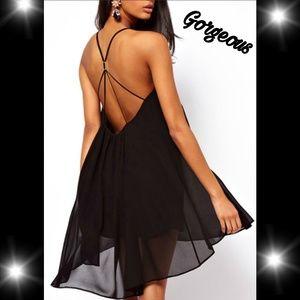 Gorgeous dress open back w/ strap detail