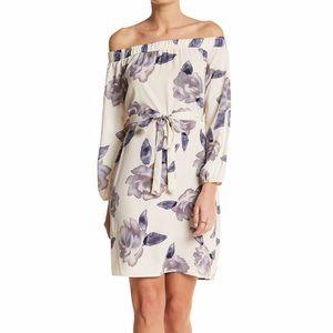 Dresses & Skirts - Floral blouson shift dress