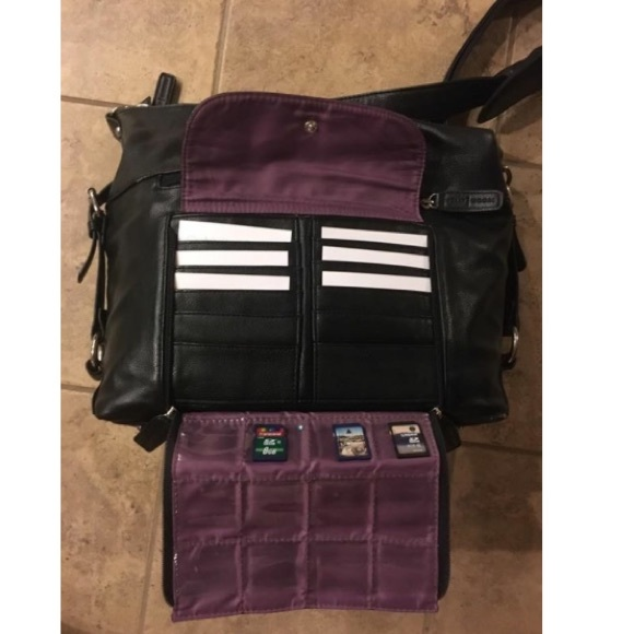 69 off kelly moore handbags kelly moore crossbody leather camera bag from tess 39 s closet on. Black Bedroom Furniture Sets. Home Design Ideas