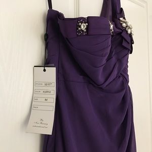 Dresses - Purple long evening gown