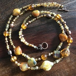 💛 Artisan handmade beaded necklace
