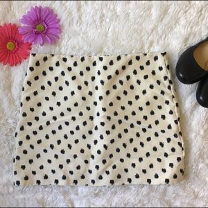 JCREW mini skirt Polka dot abstract Sz 2 EUC