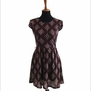City Triangles Textured Print Dress Size Medium