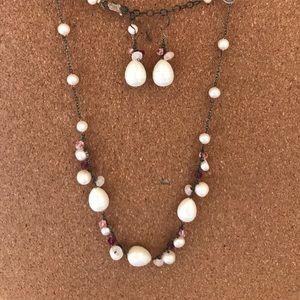 Jewelry - Faux pearl earrings & necklace