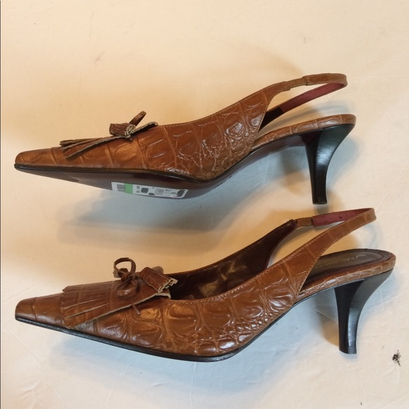 Tan Croc Shoes In Wide For Women