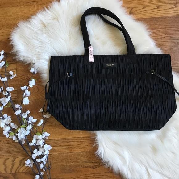 secret black travel tote bag nwt 98 - Travel Tote Bags