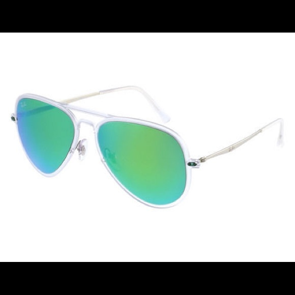 ca9070cb12dc3 Ray-Ban Aviator Clear Frame Green Lens Sunglasses.  M 595d5a17bf6df5630e0189d9