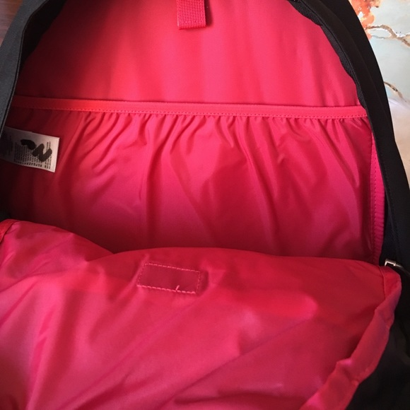 The North Face Handbags - The North Face Women's Jester