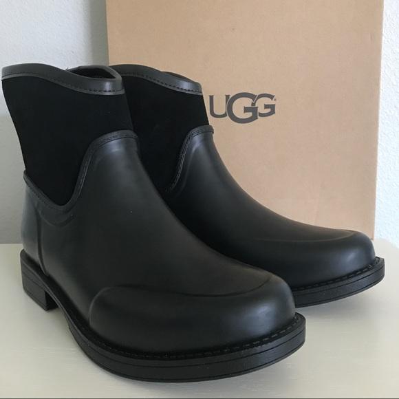 b81e5883d53 UGG Black Paxton Boots NWT