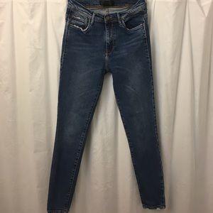 Zara distressed skinny jeans size 4