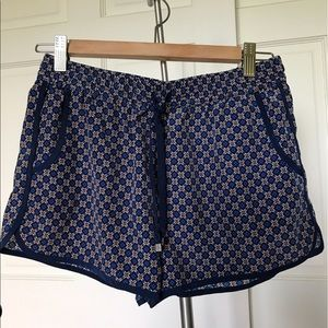 Forever 21 silky print shorts size S