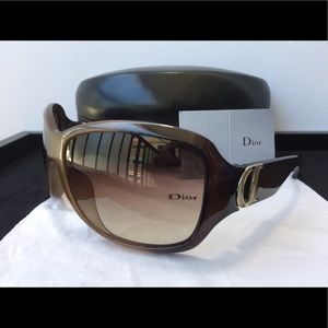 Authentic Christian Dior Sunglasses (pre-owned)