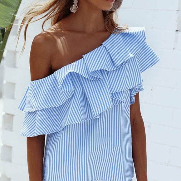 c0d2e8631280ba Styling ruffled off the shoulder top blouse