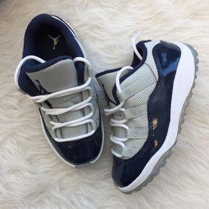 Jordan 11 Retro Low BT