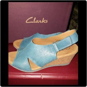 Clarks Wedge Sandals. 🚨Last CHANCE🚨