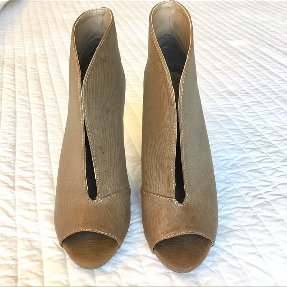 Do Justfab Shoes Fit True To Size
