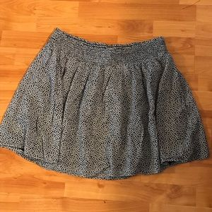 Old Navy Knee-Length Midi Dark Blue Skirt XL