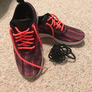 Joan Samuelson Nike size 7