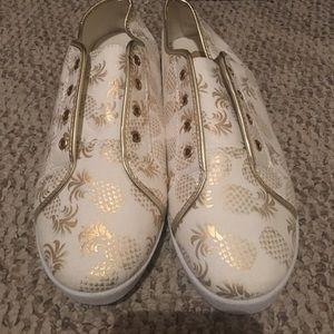 Avon pineapple flats sneakers size 10