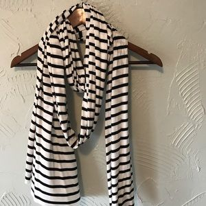 Black & White Striped Scarf