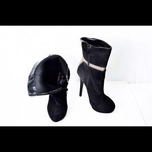 Shoe republic LA black platform booties size 8